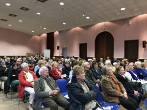 Public lors d'une conférence au CET