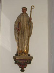 Eglise Saint Vigor d'Agy - Statue de Saint Léonard en pierre polychrome du XVIème siècle