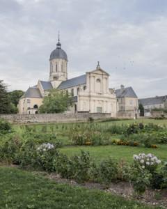 Vue sur l'Abbaye de Saint-Martin de Mondaye.